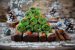 Panquecas verdes com espinafres, caviar Foto de Stock Royalty Free