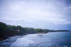 Pantai Klayar punktu obserwacyjnego widok na dużej ziemi Zdjęcia Stock