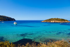 Pantaleu ö i den Gemec lilla viken, San Telmo, Mallorca Arkivbilder