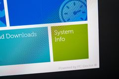 Pantalla de Digitaces con hardware del software de la ayuda de la ayuda Fotografía de archivo libre de regalías