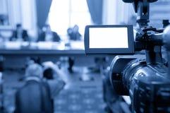 Pantalla de la videocámara en una conferencia. imagen de archivo