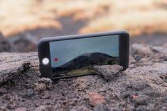 Pantalla de los tiros del dispositivo del smartphone video Fotografía de archivo libre de regalías