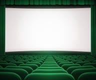 Pantalla del cine con la cortina y los asientos verdes abiertos Imágenes de archivo libres de regalías