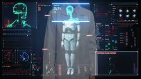 Pantalla digital conmovedora del doctor de sexo femenino, explorando semi al cuerpo del cyborg del robot de la transparencia en i almacen de metraje de vídeo