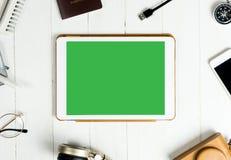 Pantalla en blanco de la tablilla Fotografía de archivo libre de regalías