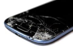 Pantalla quebrada de un teléfono móvil Foto de archivo libre de regalías