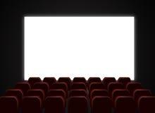 Pantalla y sillas del teatro del cine Fotos de archivo