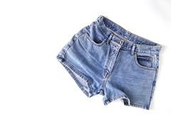Pantalones cortos de la mezclilla de la moda para las mujeres imagen de archivo libre de regalías