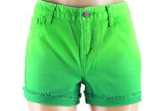 Pantalones cortos verdes de los vaqueros de las mujeres. Imágenes de archivo libres de regalías