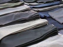 Pantalones en una fila Foto de archivo libre de regalías