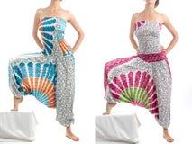 Pantalones multicolores del harén con el modelo indio Fotos de archivo