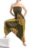 Pantalones multicolores del harén con el modelo indio Imágenes de archivo libres de regalías