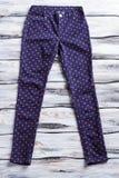 Pantalones punteados de la marina de guerra Imagen de archivo libre de regalías