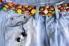 Pantalones vaqueros de niña Imagen de archivo libre de regalías