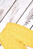 Pantaloni d'annata della stampa della neonata Fotografie Stock