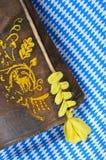Pantaloni di cuoio bavaresi molto vecchi Immagini Stock