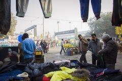 Pantaloni principali del ` s degli uomini e del bazar Fotografie Stock