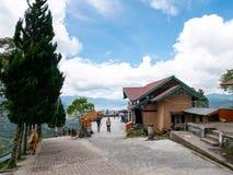 Pantan Terong Takengon, Ачех Tengah: Взгляд от верхней части холма смотря на озеро, озеро Lut Tawar Стоковое Изображение RF