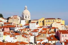 Panteão do distrito de Alfama do panorama, Lisboa Imagens de Stock Royalty Free