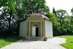 Panteon no cemitério pelo crematório no tuttlingen foto de stock royalty free