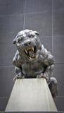 Panthère en bronze Photo libre de droits