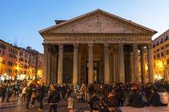 Panthéon la nuit, Rome images stock