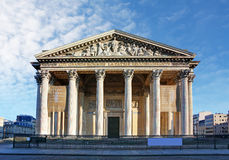 Pantheon στο Παρίσι με το μπλε ουρανό Στοκ φωτογραφία με δικαίωμα ελεύθερης χρήσης