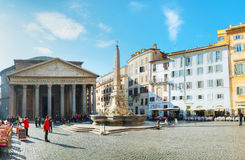 Pantheon bij Piazza della Rotonda Stock Foto's