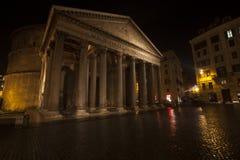 Pantheon, de historische bouw in Rome, Italië - Nacht royalty-vrije stock foto