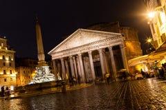 Pantheon nachts, Rom Stockfoto
