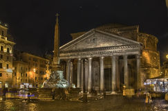 Pantheon roma by night scene Royalty Free Stock Photos