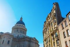 Pantheon und Altbau in Paris, Frankreich Stockfotografie