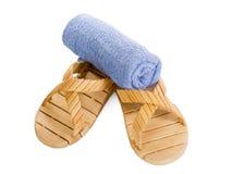 Pantoffels en handdoek Royalty-vrije Stock Afbeeldingen