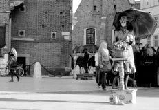 Pantomimists nel centro di Cracovia, Polonia Fotografie Stock
