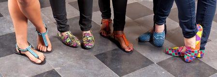 Pantoufles colorées de bascules Photos libres de droits