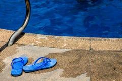 Pantoufles de piscine Image libre de droits
