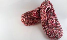 Pantoufles faites de laine images stock