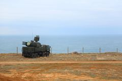 Pantsir-C1-Russian samojezdny antiaircraft pocisk i pistoletu system opierać się gruntowy i denny Fotografia Stock