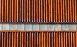 Panwiowa metal ściana z Wieloskładnikowymi blokami Zdjęcia Stock