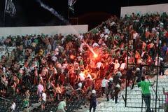 PAOK contre des émeutes rapides de match de football Photos stock