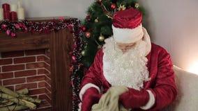 Papá Noel con un bolso vacío metrajes