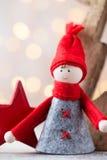 Papá Noel en un trineo Fondo festivo del gnomo Symb del Año Nuevo Foto de archivo libre de regalías