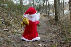 Papá Noel trae los regalos Imagen de archivo