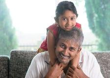 Papà e figlia Immagini Stock