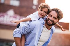 Papa en zoon stock fotografie