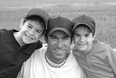 Papa et garçons Image stock