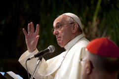 Papa Francis durante il discorso Immagini Stock