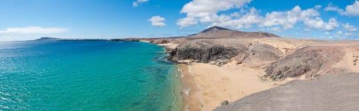 Papagayo海滩在兰萨罗特岛 免版税图库摄影