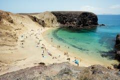 享用生活papagayo人的海滩 库存照片