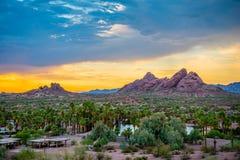 Papago-Park bei Sonnenuntergang Lizenzfreie Stockbilder